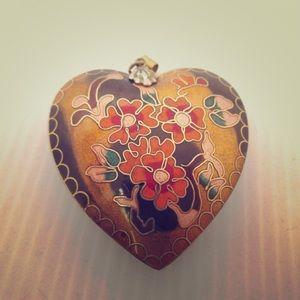 Cloisonné heart pendant